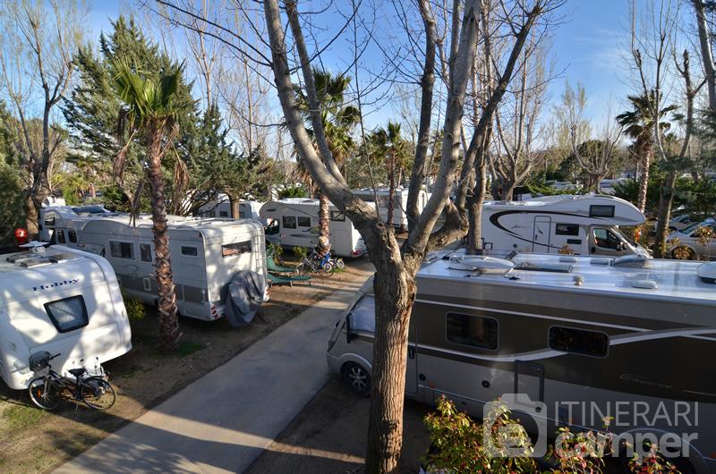 Sosta camper port grimaud viaggi provenza e costa - Campeggio port grimaud les prairies de la mer ...